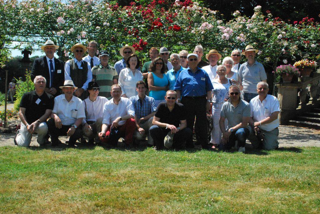 """Teilnehmer am Treffen """"125 Jahre Peugeot"""" in Ludwigsburg 2014"""