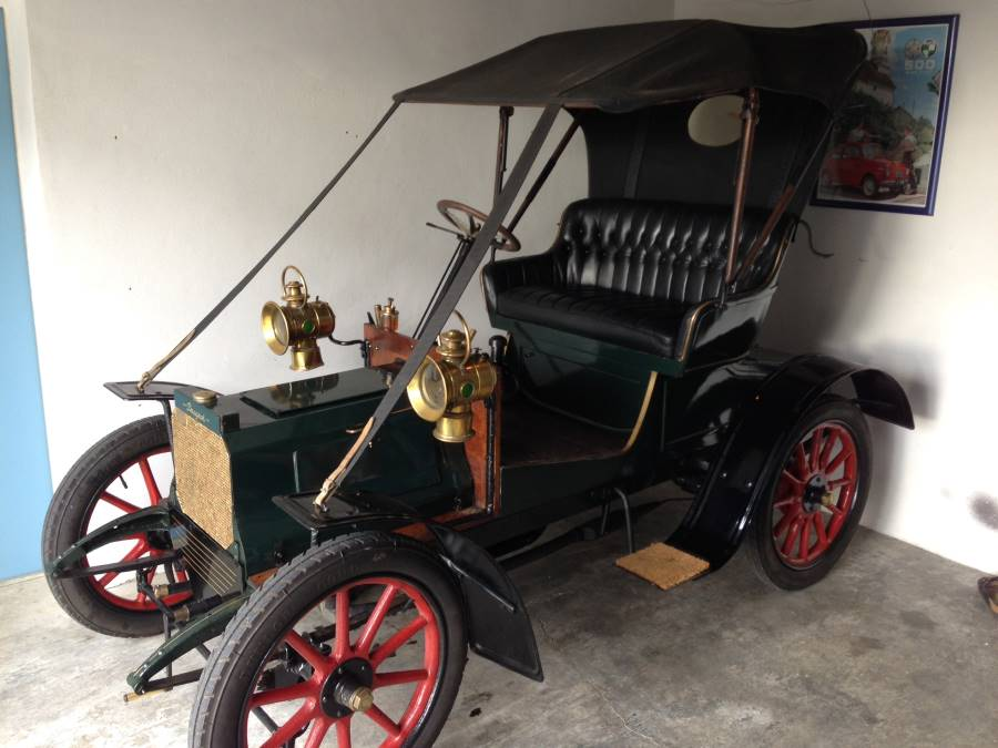 "Peugeot Typ 69 ""Bebe"" von 1905"