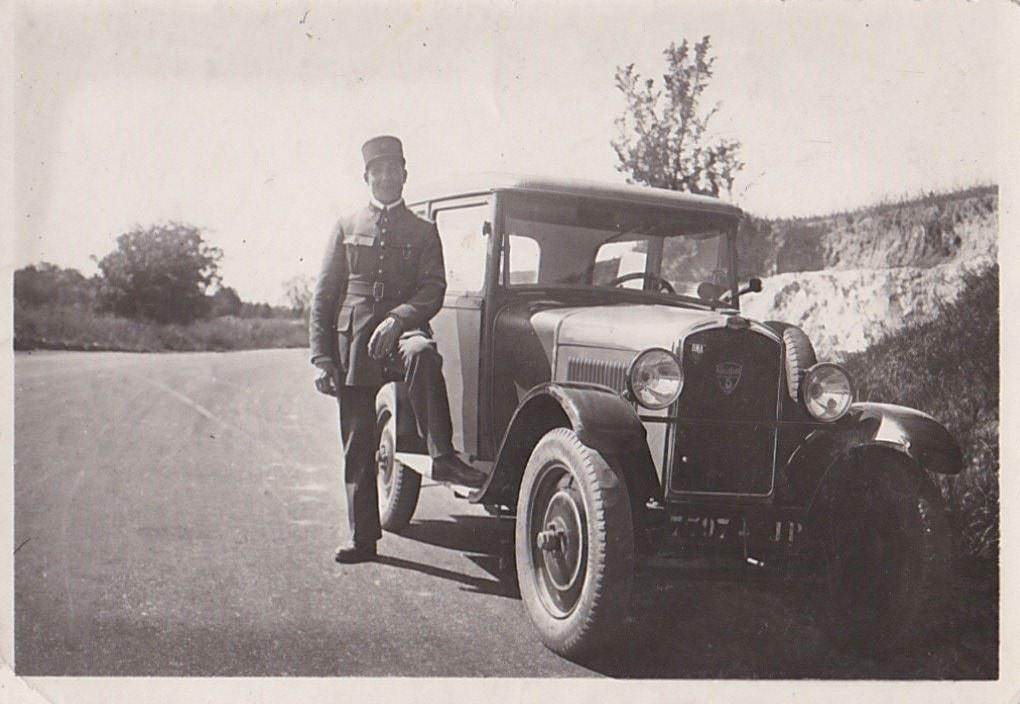 Offiziere in Algerien mit Typ 190