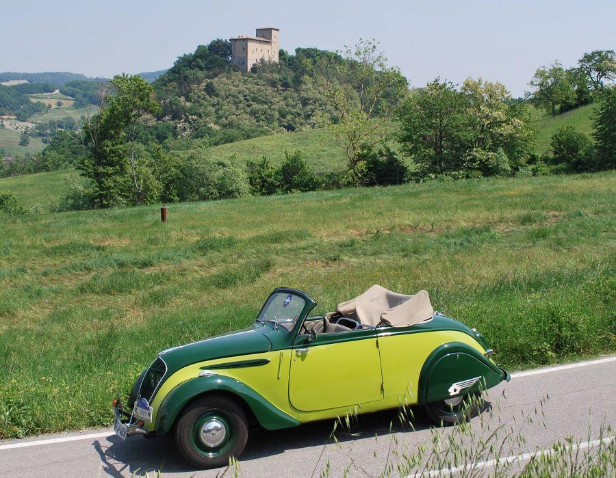 Auch das Cabrio darf in der Nachkriegs-202-Palette nicht fehlen,