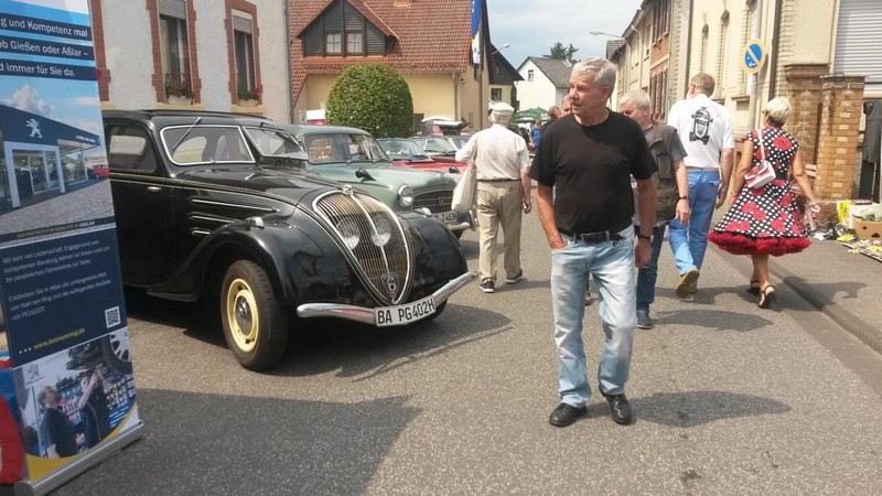 Peugeot 402 bei den Golden Oldies 2019 in Wettenberg vom  26.-28.07.2019