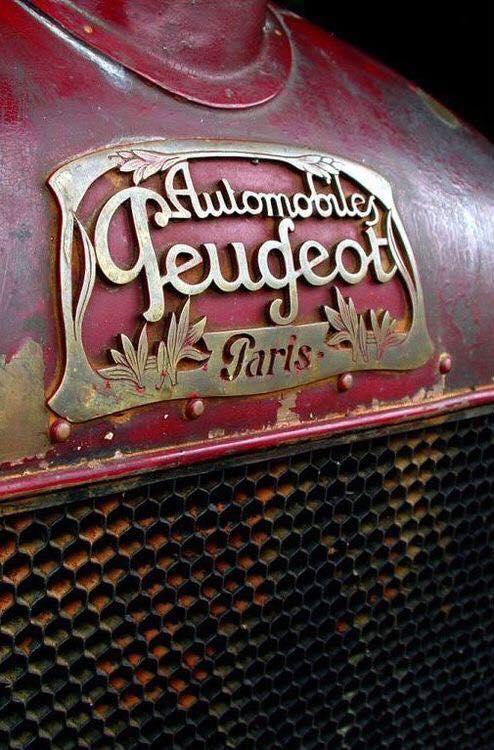 Emblem der 1910er Jahre - kein Löwe weit und breit - oder doch?
