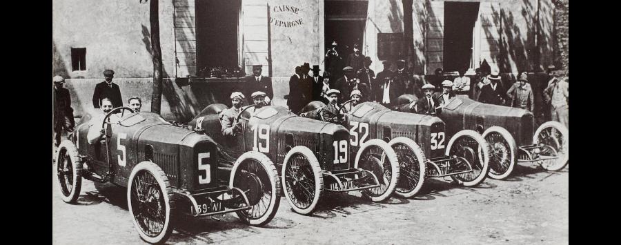 Die Equipe Peugeot