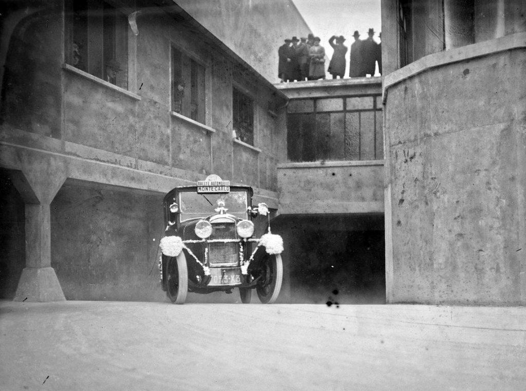 Lefèvre/Despaux  auf dem Montecarlo-Siegerwagen von 1927