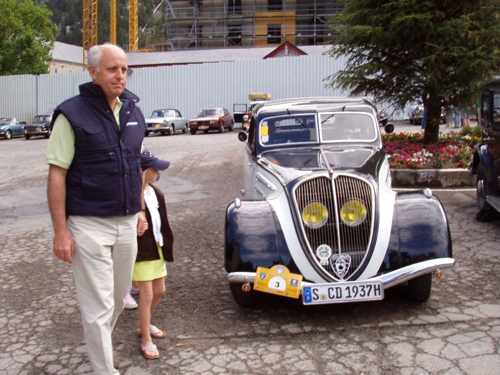 Thierry Peugeot mit meinem 402
