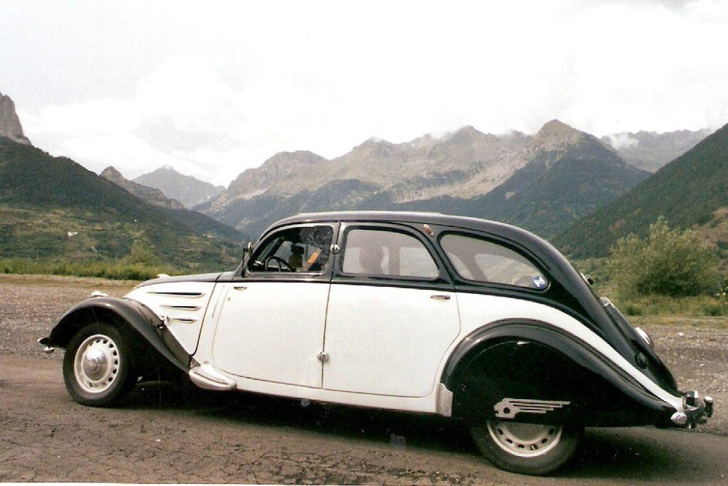 Peugeot 402 der erste Serie