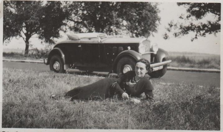 Madame mit Peugeot