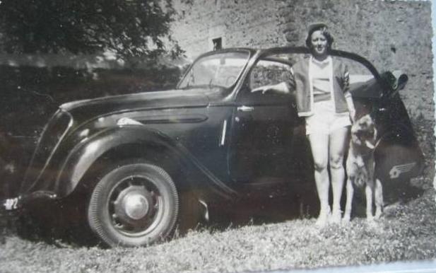Dieses Bild stammt aus den frühen 1960ern - ein 202 Decapotable