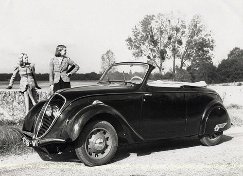 Peugeot 202 Cabriolet