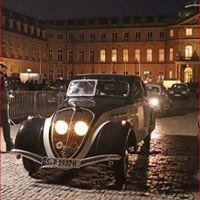 Peugeot 402-Limousine bei der lange Nacht der Museen im März 2018 in Stuttgart