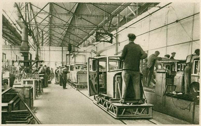 Peugeot Werk Audincourt: ca. 1910 - die Karosserieproduktion hat sich verändert