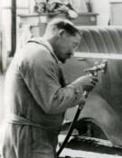 und noch ein Bild aus der Lackiererei im Jahr 1924