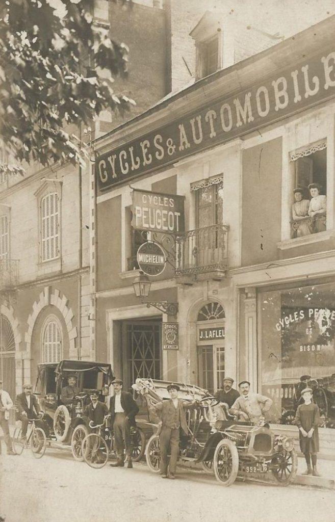 Chateau Gontier - Niederlassung Lion Peugeot ca. 1908