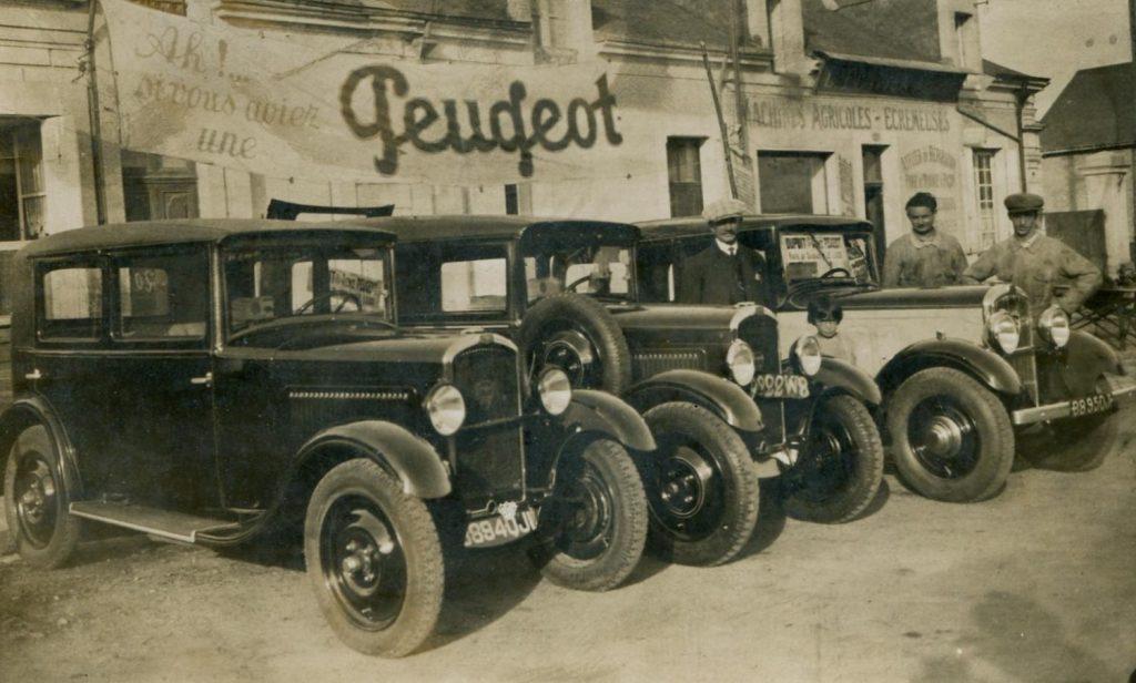 Le Lude - Ausstellung von Peugeot SIX