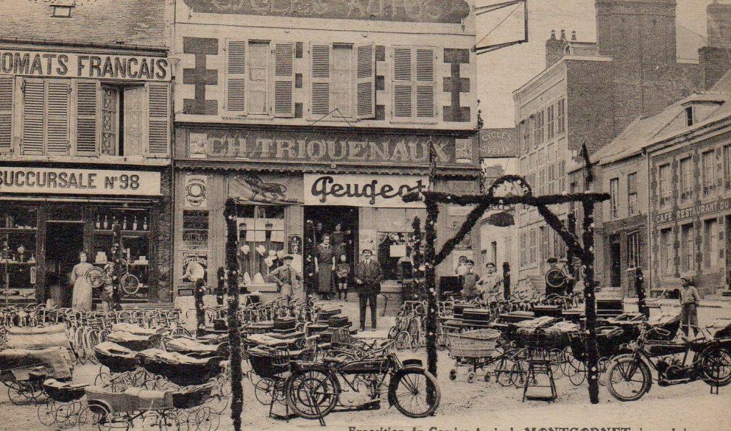 Montcornet - die Fa. Triquenaux bietet unter anderem auch Motorräder an - Foto wohl vor 1914
