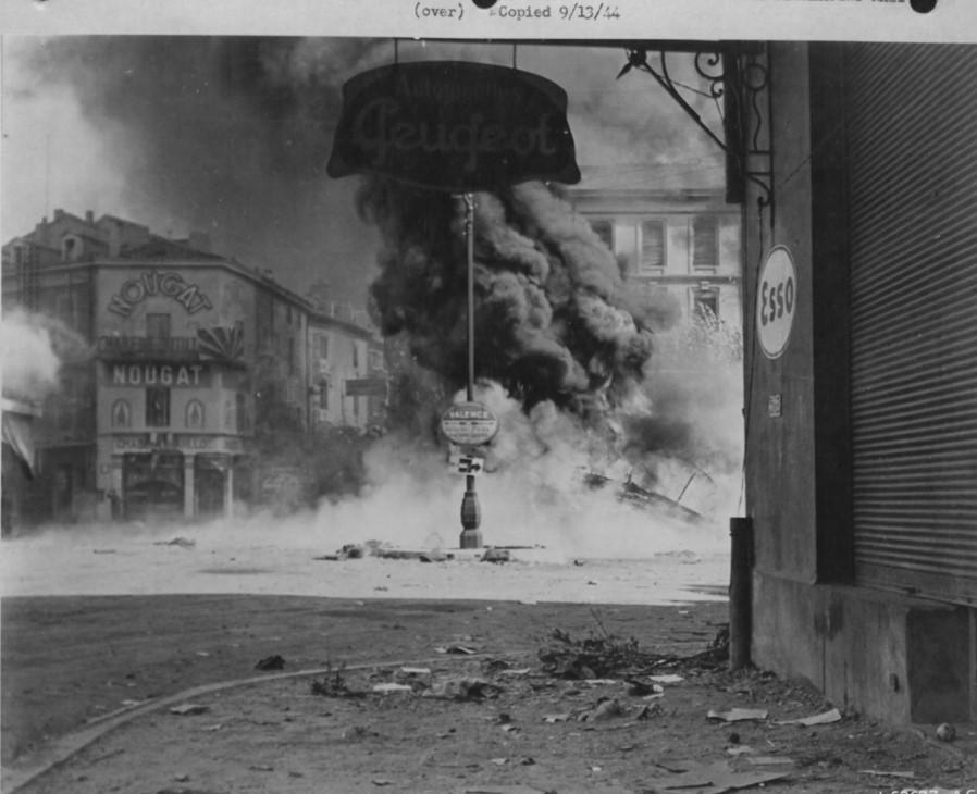 Montelimar - Garage Moulin bei einem Angriff am 13.9.1944