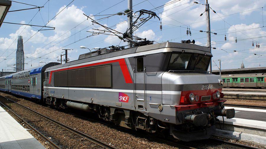 """""""nez cassé"""" -Design an einer Lok der SNCF"""