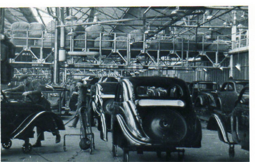 Peugeot Werk Sochaux: Karosseriebau 202 im Jahr 1938