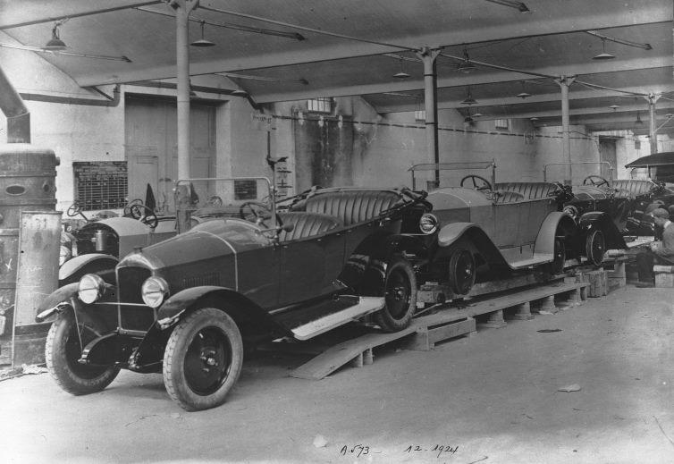 1924 - der Typ 163 läuft vom Band