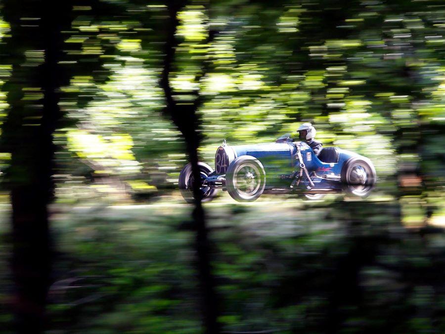 Bugatti aus den 1920er bei der Solitude Revival