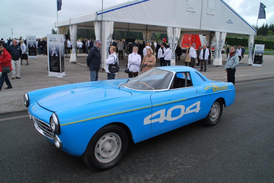 Peugeot 404 Diesel-Rekordwagen aus dem Jahr 1965