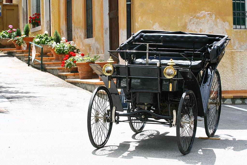 """das erste """"italienische"""" Auto ist der Peugeot Typ 3"""