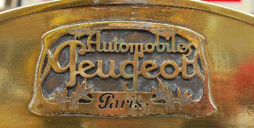 Peugeot Kühleremblem