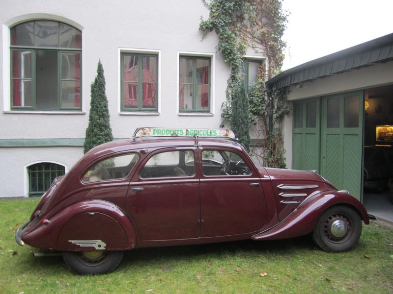 Peugeot Typ 402