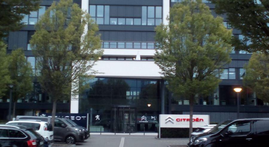 Die von 2012-2019 zusammen mit Citroen genutzte Zentrale in Köln