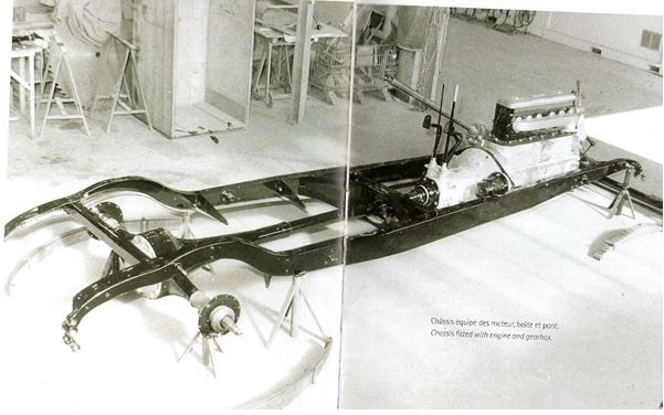 Peugeot Typ 184 - Chassis mit Motor