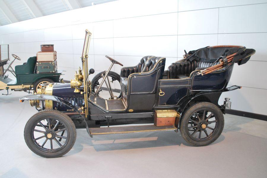 Lion Peugeot Typ V2C2 (12 CV)