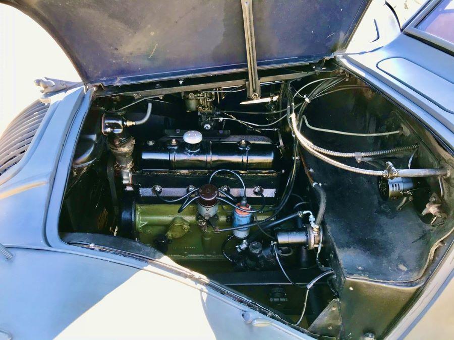 Peugeot 302: Motoransicht