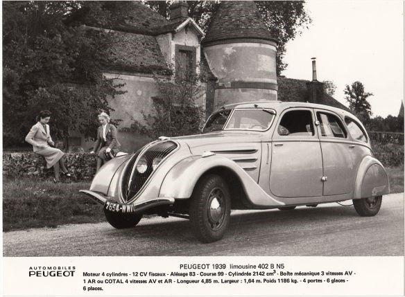Peugeot 402 Werksfoto; Bildrechte: Peugeot (PSA)