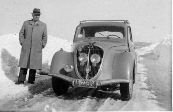 Peugeot 202 im Wintereinsatz