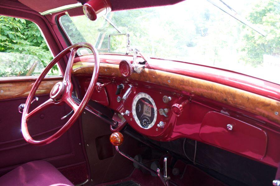 Peugeot 601 DL Coach aus dem Jahr 1935 - Innenansicht