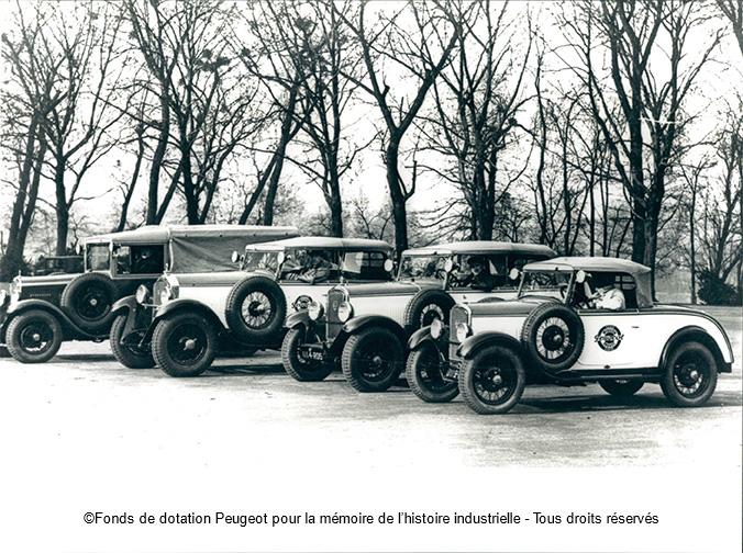Am Dezember 1929 startet die Transsahara-Expedition mit 4 Peugeot-PKW