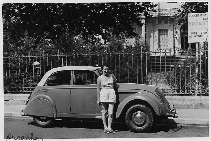 Peugeot 202 Cabriolimousine in Arcachon