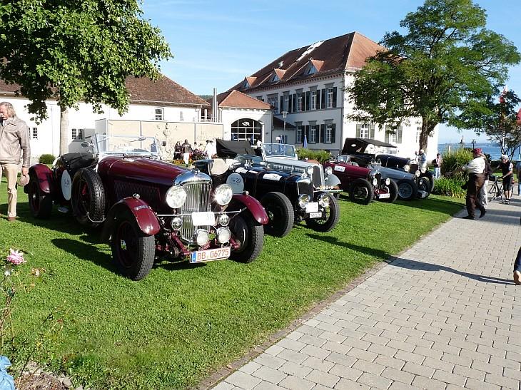 Es nahmen 38 wunderschöne Vorkriegsautos aus der Zeit von 1903 bis 1948 teil