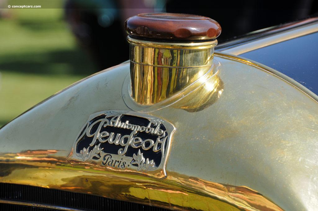 """Peugeot Typ 150 Labourdette """"Skiff"""" Kühleremblem"""