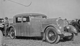 """Typ 174 mit """"Weymann""""-Karosserie beim Concours im Parc de Princes am 5.6.1925"""