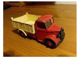 Bedford Kleinlaster von der Firma Dinky Toys