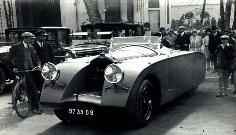 """Peugeot """"Tank"""", der wohl auf einem Typ 174 oder 176 basiert"""