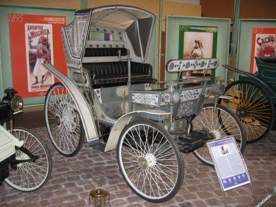Peugeot Typ 4 im Museum in Sochaux