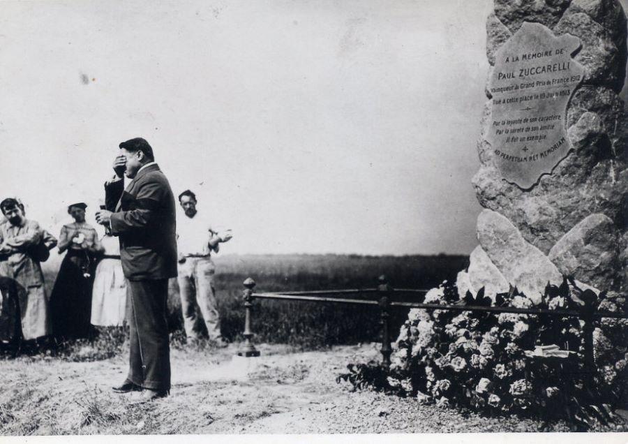 Einweihung des Zucarelli gewidmeten Gedenksteins
